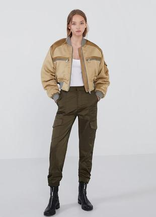 Укороченная куртка-бомбер zara trf