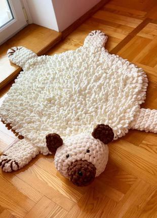 Коврик детский из alize puffy. коврик-игрушка