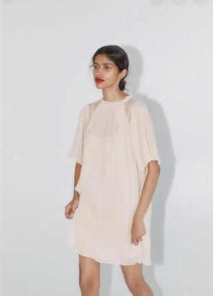Очень милое, нежное платье zara