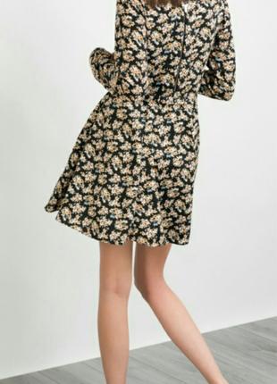 Платье в цветочный принт befree