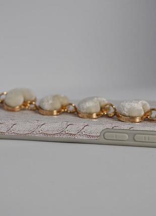 Рельефный чехол с имитацией вязки,с браслетом из  сердечек4 фото