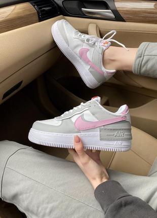 Женские стильные весенние кроссовки nike air force shadow pink/grey4 фото