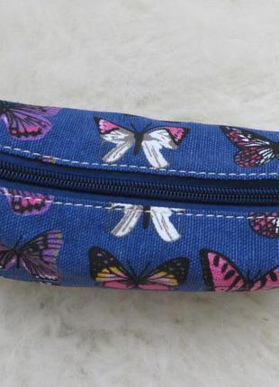 Косметичка с бабочками