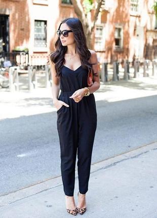 Чорний брючний комбінезон ліф бандо / ромпер штани з кишенями і складками прямі