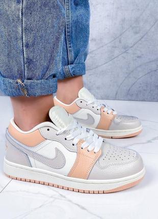 Новинка красивеные кроссовки