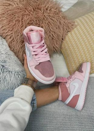 Женские кроссовки air jordan 1 mid pink  36-40.