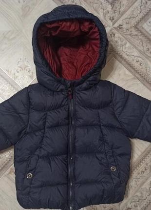 Демисезонная куртка фирмы zara,6-9 мес