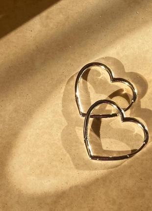Серьги в виде сердца