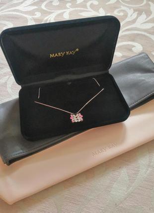 Подарочный набор (клатч + колье) от mary kay (мери кей)