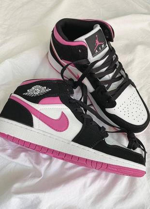 ❤ женские розовые кожаные  кроссовки  nike air jordan 1 mid bread  ❤