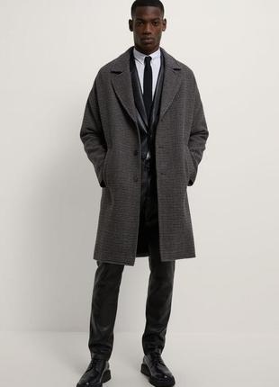 Пальто zara с рельефным узором «гусиная лапка»