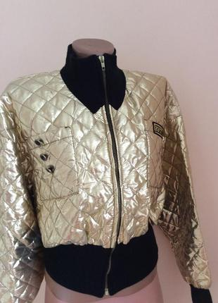 Куртка бомбер золотая из америки.