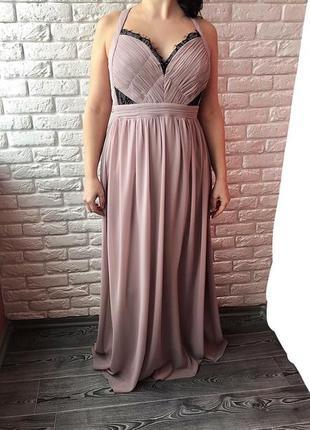 Длинное нарядное платье, длина  151 см, на подкладке