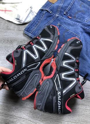 Качественные трекинговые кроссовки salomon