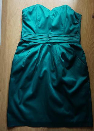Красивое вечернее платье h&m изумрудного цвета