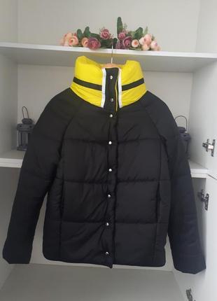 Водоотталкивающая демисезонная куртка на кнопках