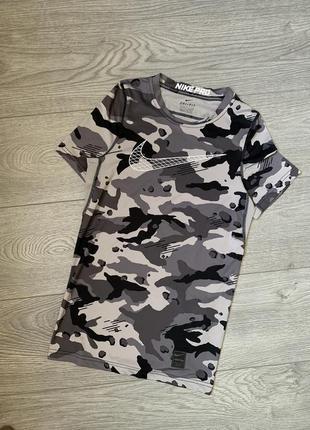 Nike pro, спортивная футболка на подростка, р. xl. оригинал найк