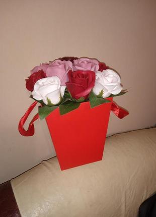 Букет з мильних роз.
