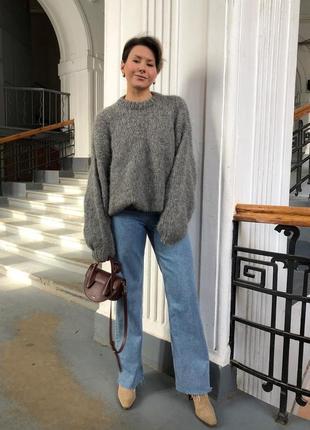 Стильный тёплый оверсайз свитер ручной работы🤍