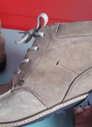 Шикарные спортивные туфли tommy hilfiger