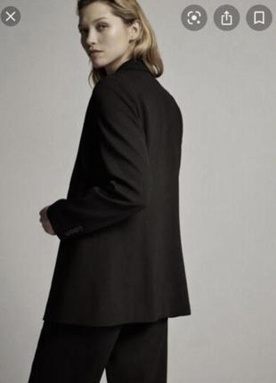 База любого гардероба чёрный пиджак в стиле massimo dutti