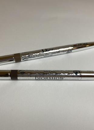 Dior карандаш