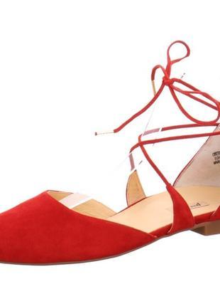 Нові замшеві туфлі