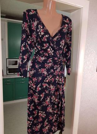 Распродажа классическое натуральное  платье marks & spencer миди с запахом c asos