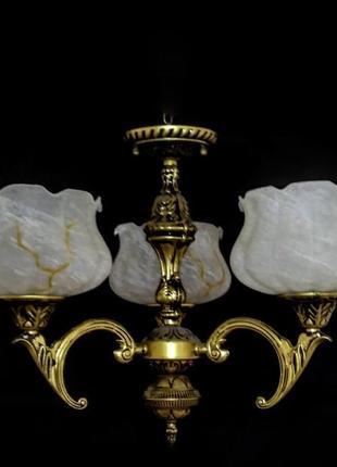 Классическая люстра под бронзу на 3 плафона