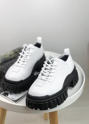 Туфлі з еко шкіри