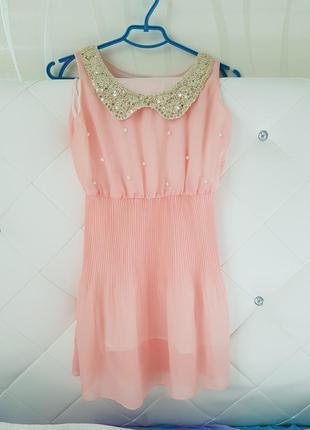 Необычайно красивое мини платье
