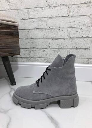 Ботинки демисезонные, ботинки на танкетке, натуральная замша