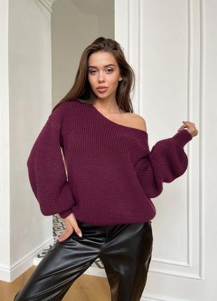 Мягкий и стильный свитер