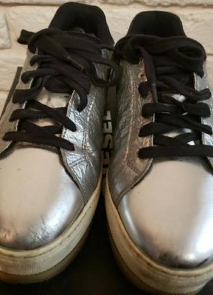 Снікерси сліпони туфлі на платформі diesel орігінал (25.5)