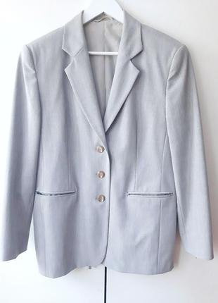 Пиджак светло-серый женский