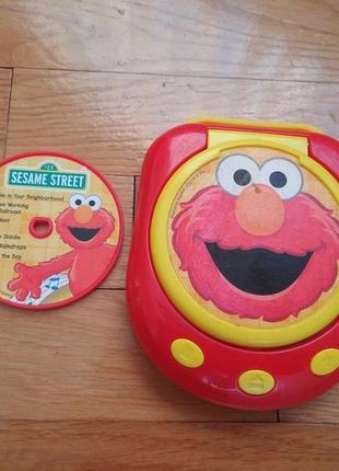 Дитячий магнітофон + 3 диски .