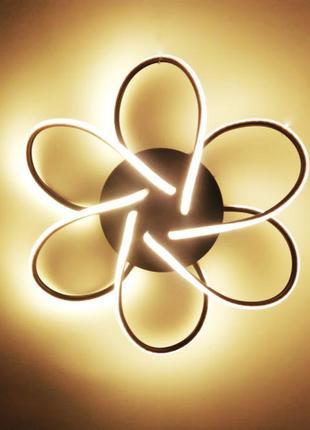 Светодиодная люстра с регулировкой яркости света и пультом д.у.