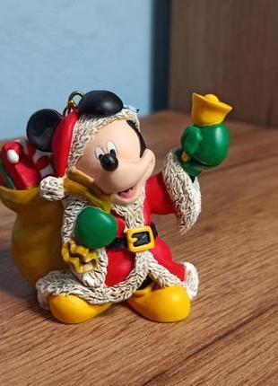 Новогодняя фигурка-подвеска микки маус, disney. оригинал.
