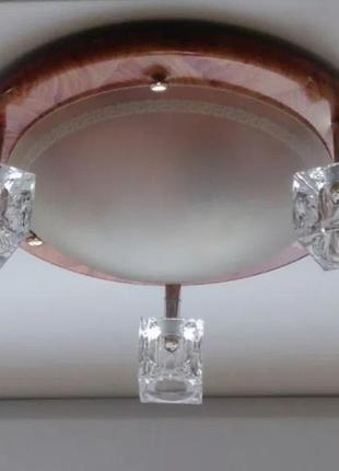 Потолочная люстра на 4 лампы