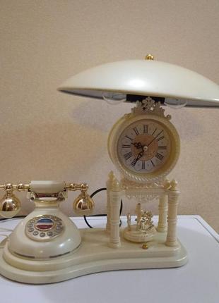 Лампа ночник,телефон,часы.