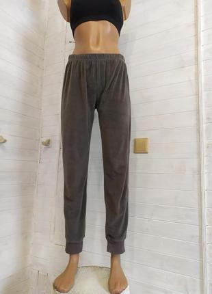 Красивые велюровые спортивные штаны, есть небольшой-незаметный брак1 фото