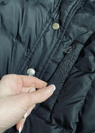 Очень красивый пуховик/пуховая куртка известного бренда3 фото