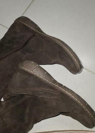 Жіночі натуральні замшеві чоботи в ідеальному стані.1 фото