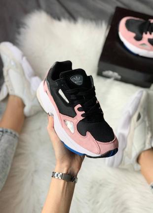 Женские стильные весенние кроссовки adidas falcon pink2 фото