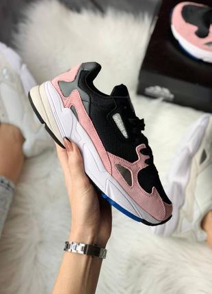 Женские стильные весенние кроссовки adidas falcon pink1 фото