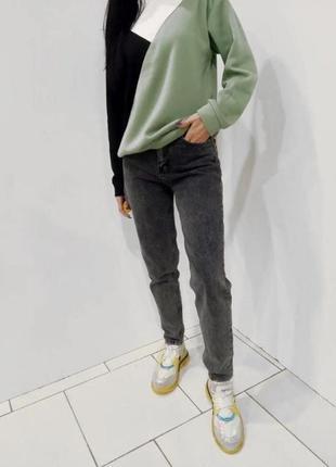 Крутые джинсы мом1 фото