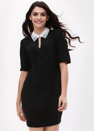 New look платье чёрное прямое трапеция с белым воротником с жемчугом классическое2 фото