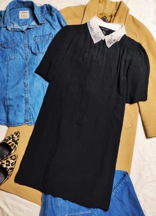 New look платье чёрное прямое трапеция с белым воротником с жемчугом классическое5 фото