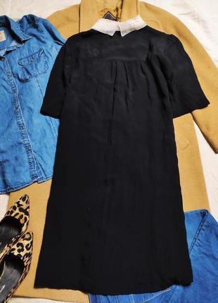 New look платье чёрное прямое трапеция с белым воротником с жемчугом классическое8 фото