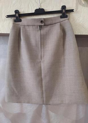 Юбка из плотной костюмной ткани с шерстью в составе jaeger2 фото